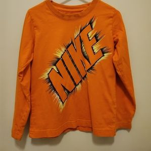 The Nike long sleeve tee Sz 5